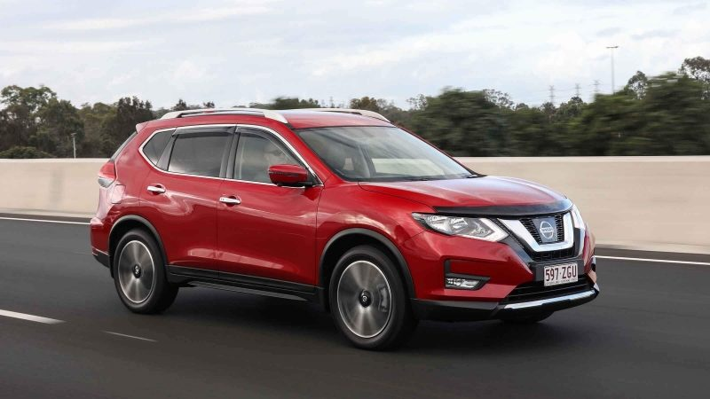 Nissan X-TRAIL N-TREK on highway
