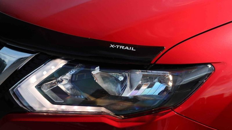 Nissan X-TRAIL N-TREK headlight and bonnet protector