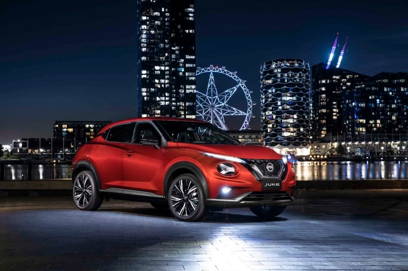 All new JUKE in night-time docklands