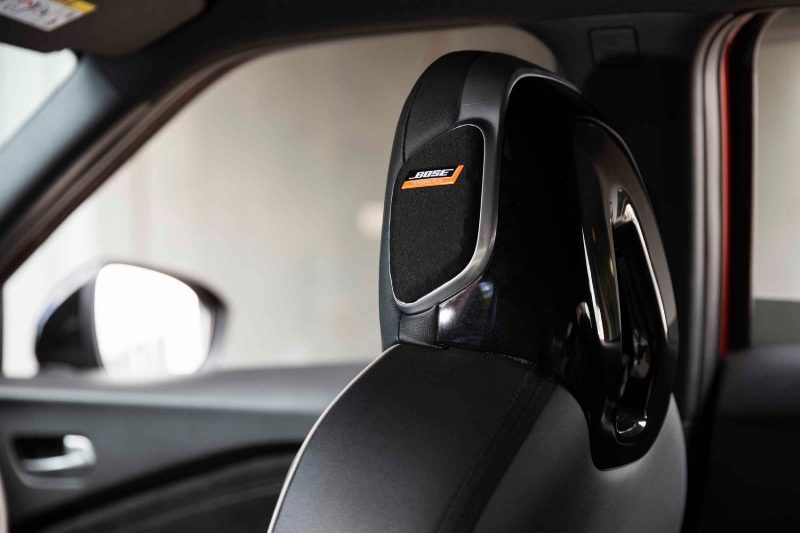 All new JUKE BOSE® UltraNearfield speaker in headrest