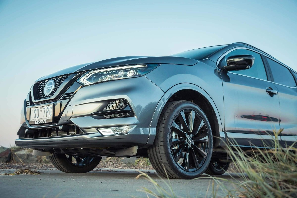 Nissan QASHQAI midnight edition wheels