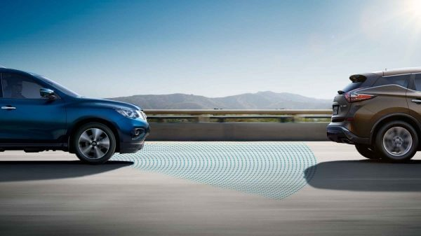 QASHQAI car enabling intelligent emergency braking
