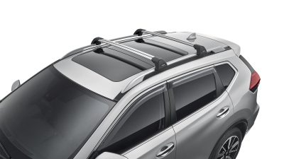 X-TRAIL fitted with Roof bars (Flush Style)