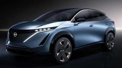 The blue Nissan ARIYA electric crossover concept car from the 2019 Tokyo Motor show
