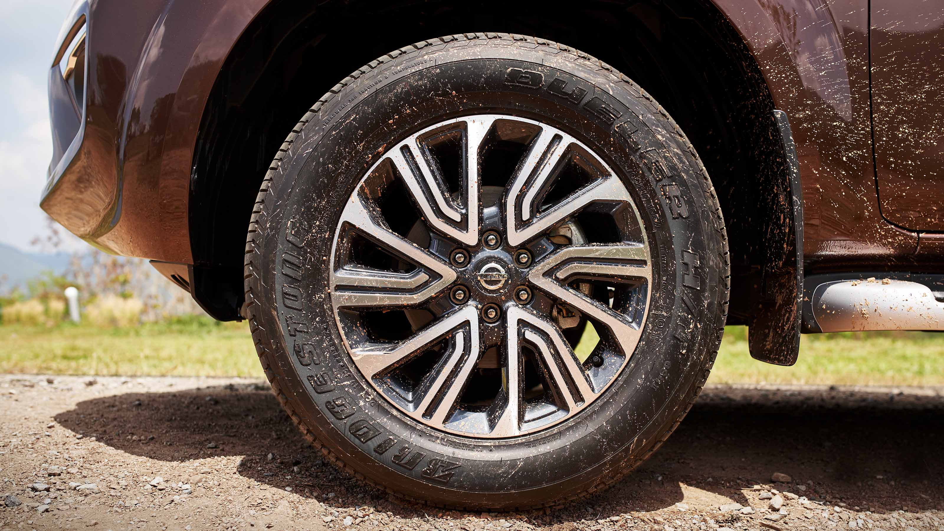 "Nissan Terra 18"" Wheels"