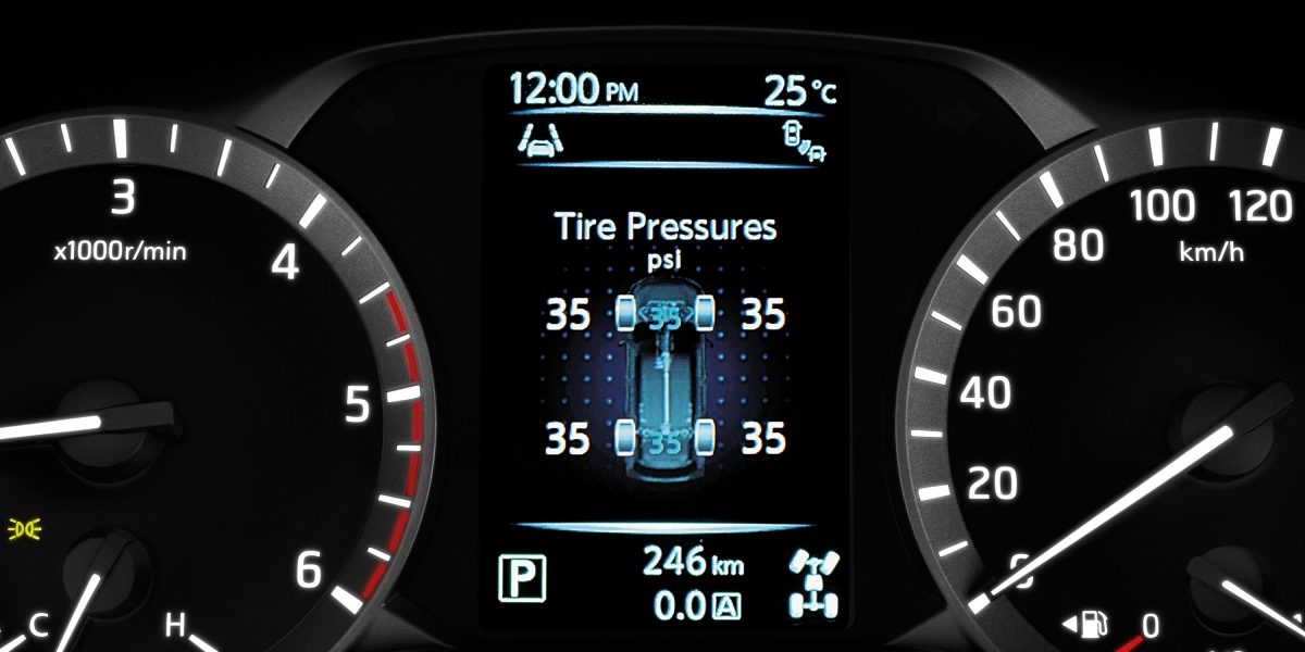 Nissan Terra Advanced Drive Assist Display showing tire pressure