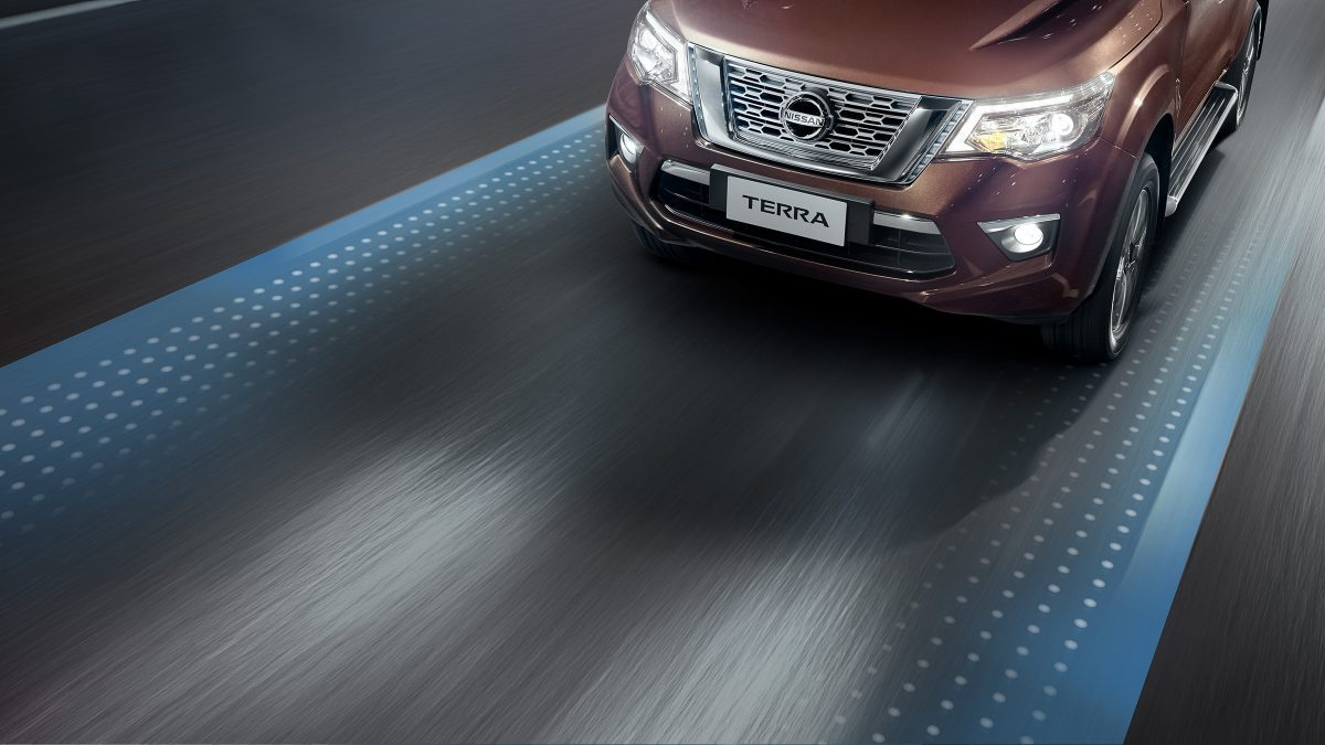 Nissan Terra Lane Departure Warning graphic