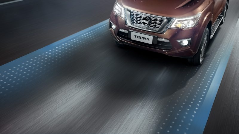 Nissan Terra Lane Departure Warning graphic