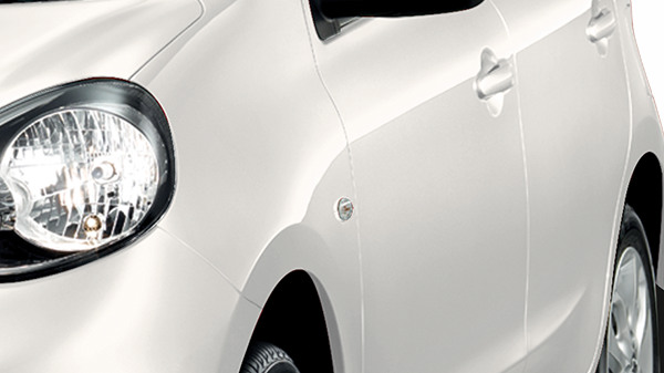 Tips Merawat Mobil Putih