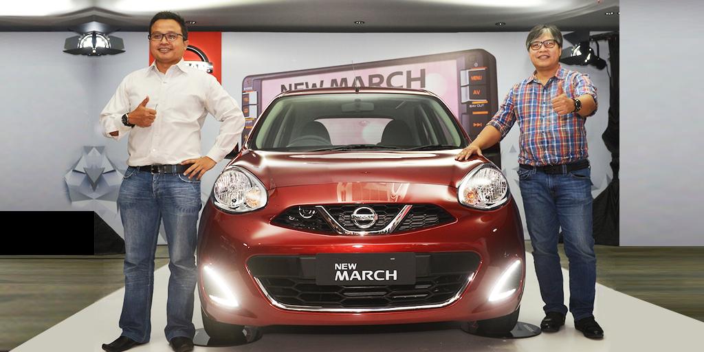 NMI 3 - Vice President Marketing and Sales NMI Davy J. Tuilan dan General Manager Marketing Strategy NMI Budi Nur Mukmin memperkenalkan New Nissan March dengan tampilan yang lebih elegan dan fitur canggih.
