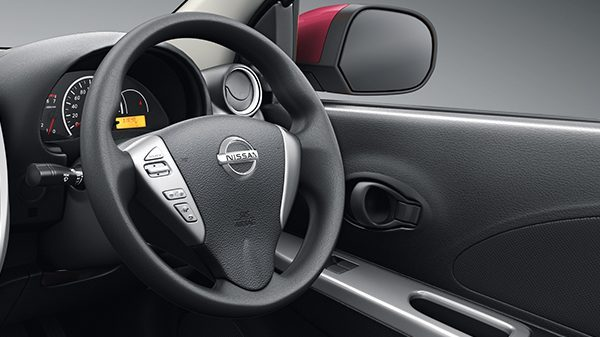 STEERING WITH AUDIO & BLUETOOTH CONTROLS