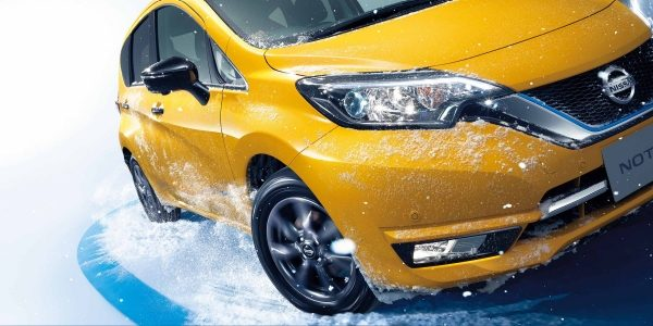Nissan Note e-POWER All-wheel Drive in snow