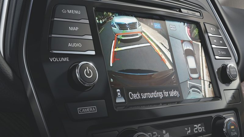 Nissan Maxima Apple Carplay touch screen display