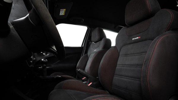 seats-juke-nismo-edition
