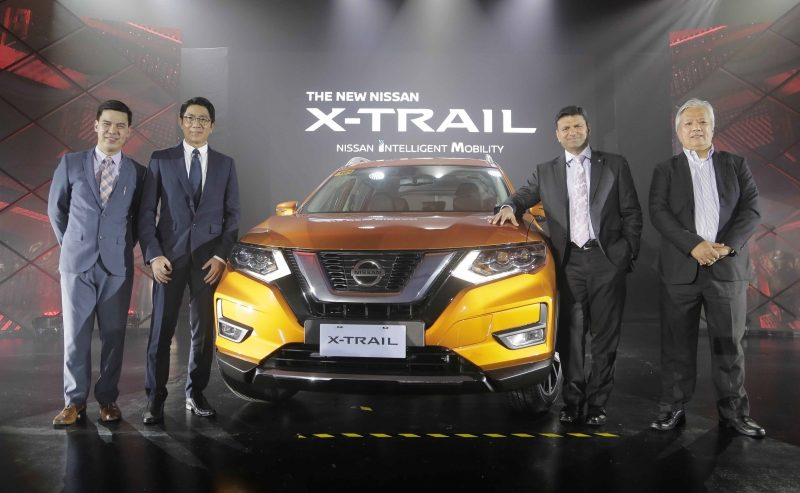 Nissan-reps-xtrail