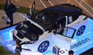 "Nissan conducts ""LEAF Education"" roadshow"