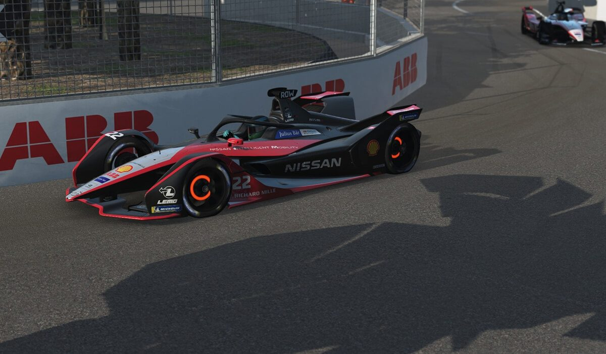 Nissan e.dams competes in first virtual Formula E race
