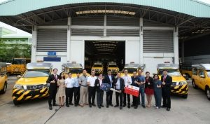 Nissan delivers 152 Nissan NAVARA to the Department of Highways